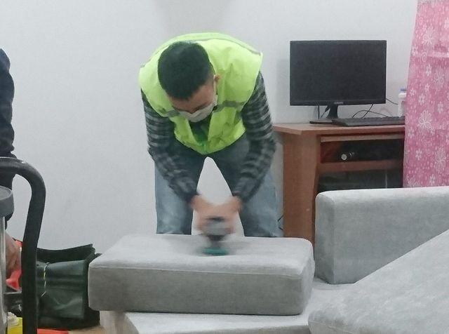 Giặt thảm, giặt salon giá rẻ tại đường Nguyễn Trọng Quản, quận 2 TPHCM