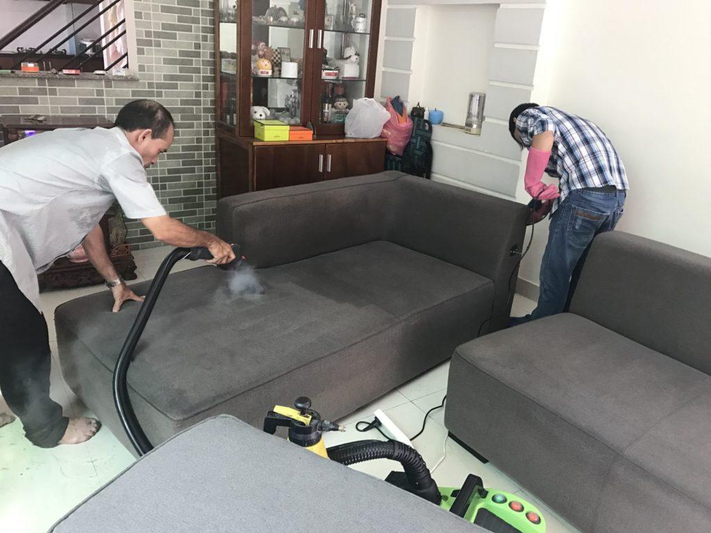 Giặt thảm, giặt ghế sofa giá rẻ tại đường 25, quận 4 TPHCM