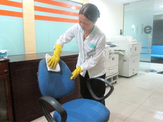 Giặt thảm, giặt ghế sofa giá rẻ tại đường 46, quận 4 TPHCM