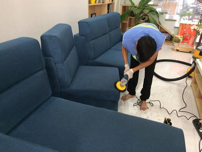 Giặt thảm, giặt ghế sofa giá rẻ tại đường 33, quận 4 TPHCM