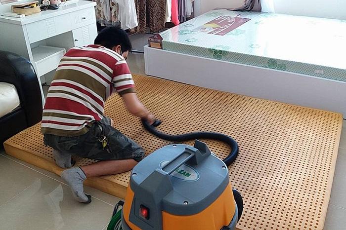 Giặt đệm giá rẻ tại đường Lý Nam Đế, quận Hoàn Kiếm, Hà Nội